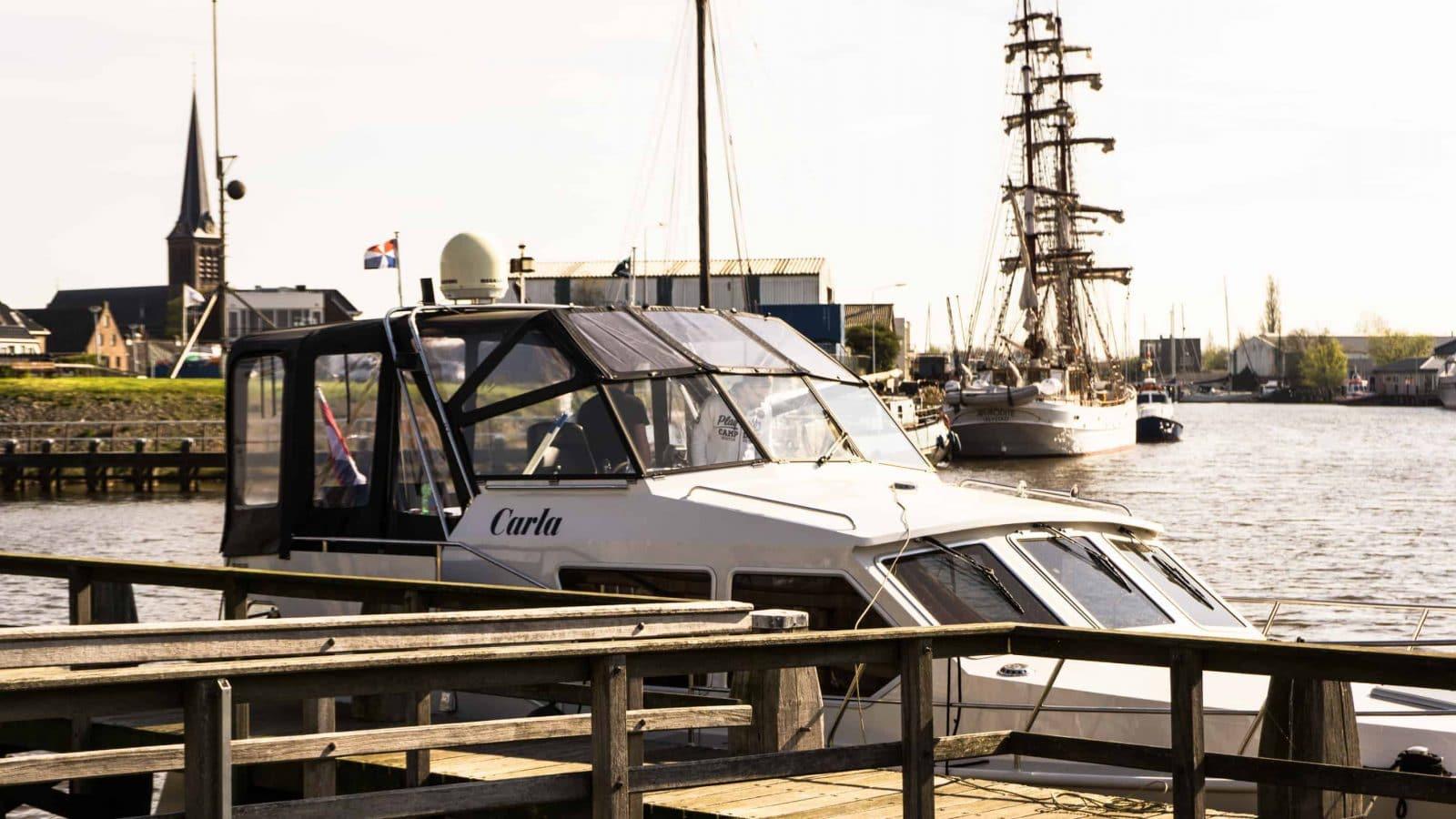 Yachts4U in Holland, Bootsverleih in Holland, Yacht Carla